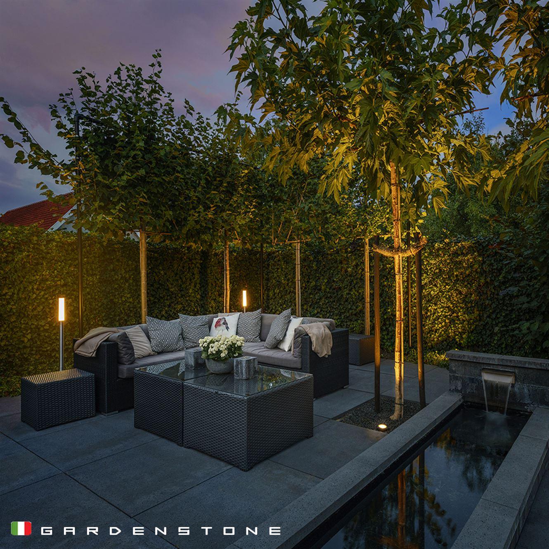 Lampioncini da giardino per godere del salotto all'aperto anche di notte