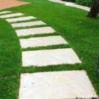 Vialetto giardino fai da te: costruisci ora il tuo camminamento
