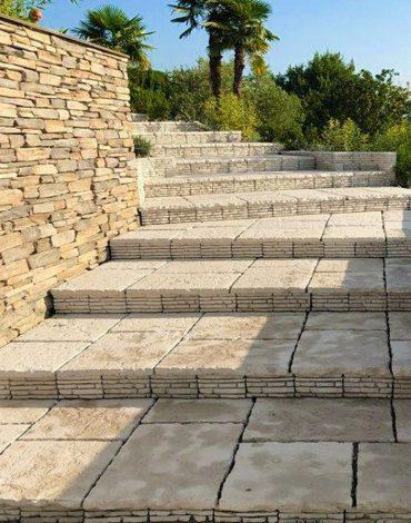 Pavimenti: utilizzati per realizzare gradini e sedute